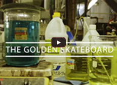 video_golden_skateboard